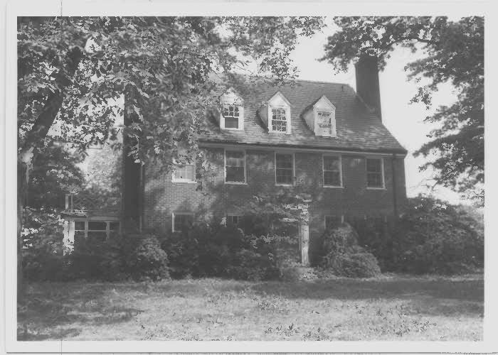 Glenn Dale Hospitals Doctor's residence at the southwest