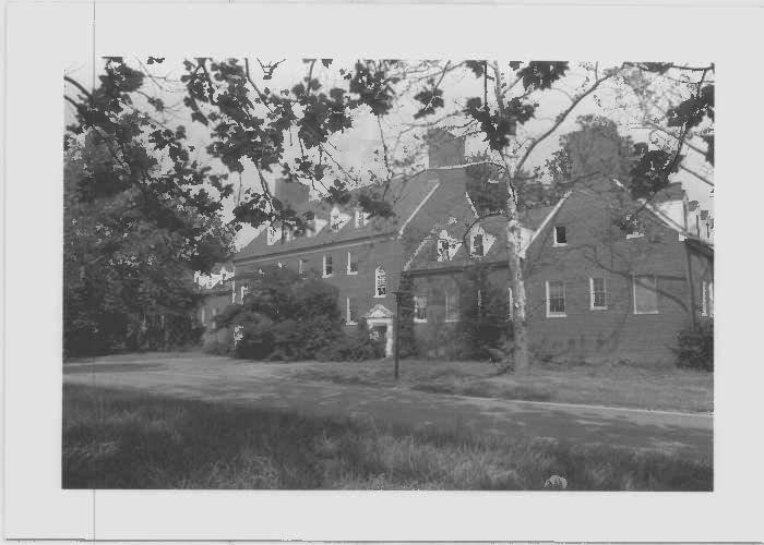 Image of Capper Hall, the nurse's dorm west elevation at Glenn Dale Hospital