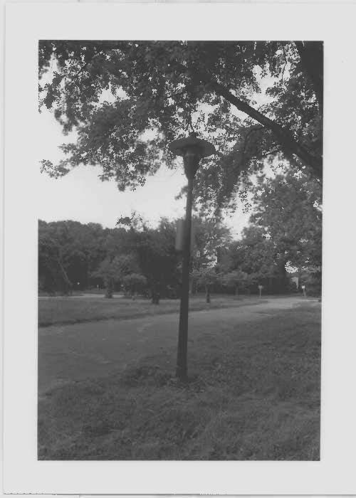 Image of a typical lamp post at Glenn Dale Hospital