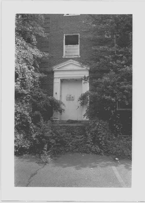 Image of the Children's Hospital north entrance at Glenn Dale Hospital