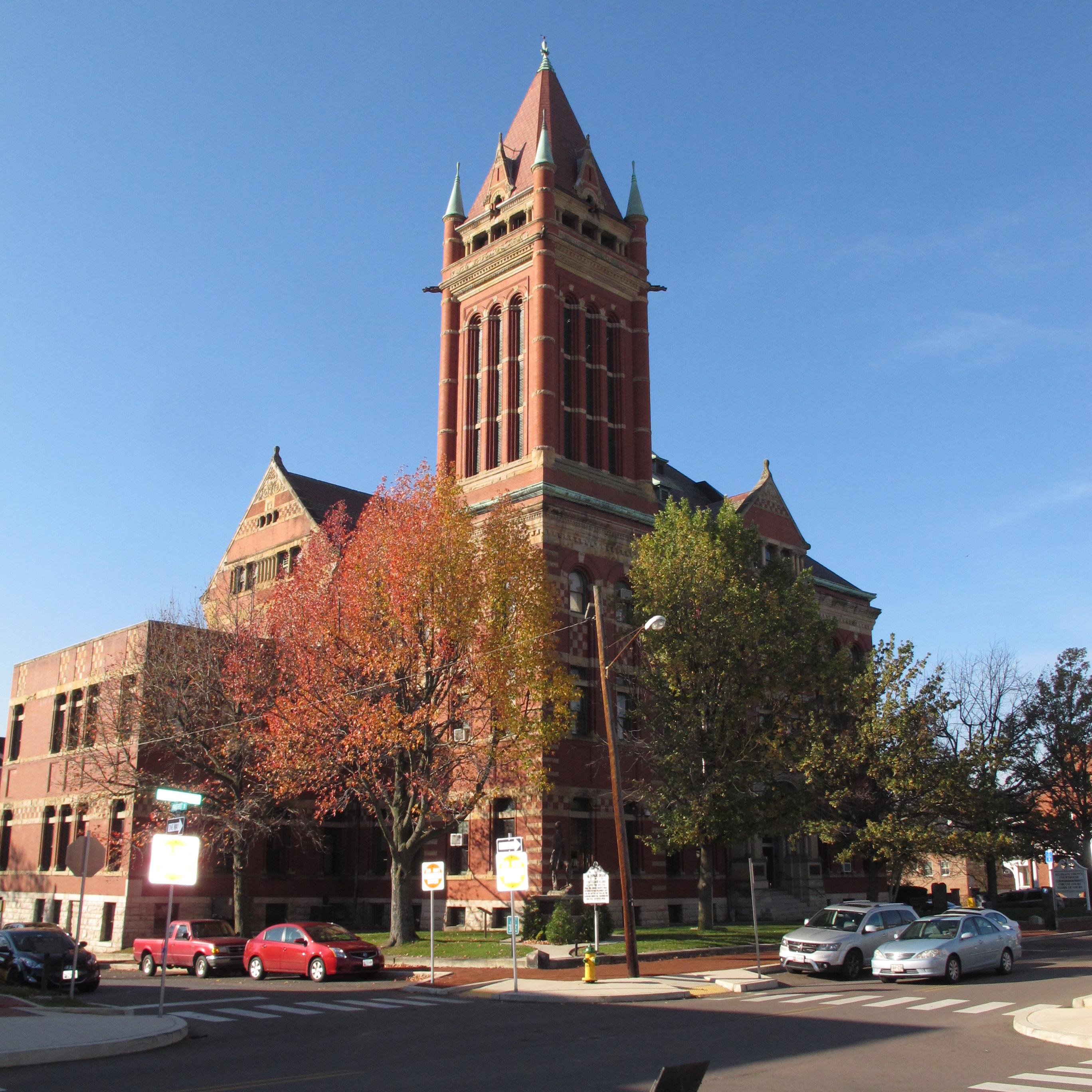 A photograph of Allegany County Courthouse in the Washington Street Historic District of Cumberland, MD.