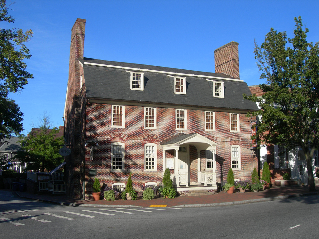 Reynold's Tavern, Annapolis. Courtesy Flickr user Auvet.