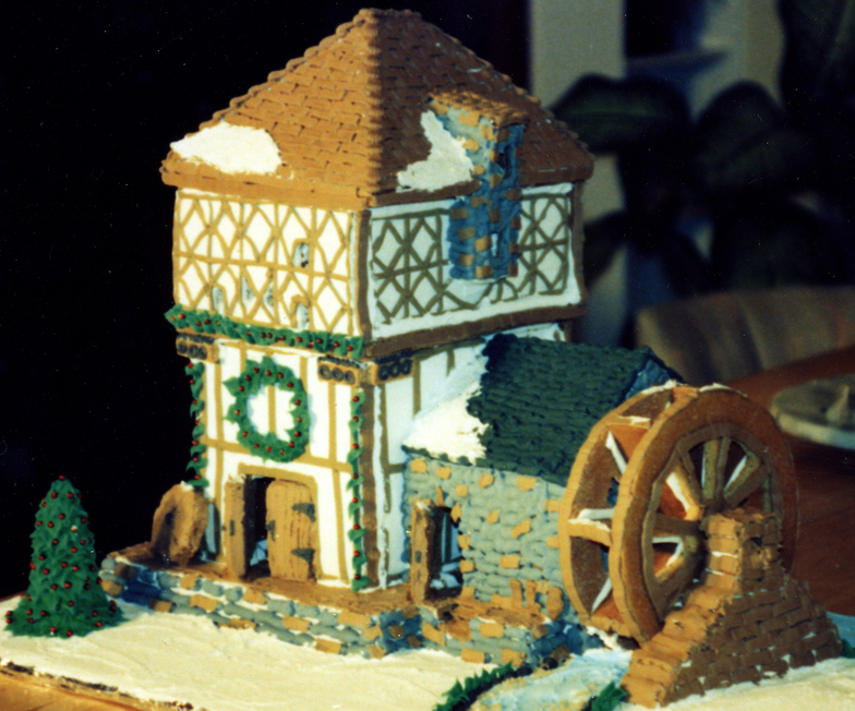 Tradework Colonial Gingerbread House