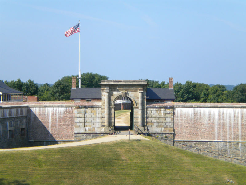 Entrance at Fort Washington. Photo from the National Park Service.