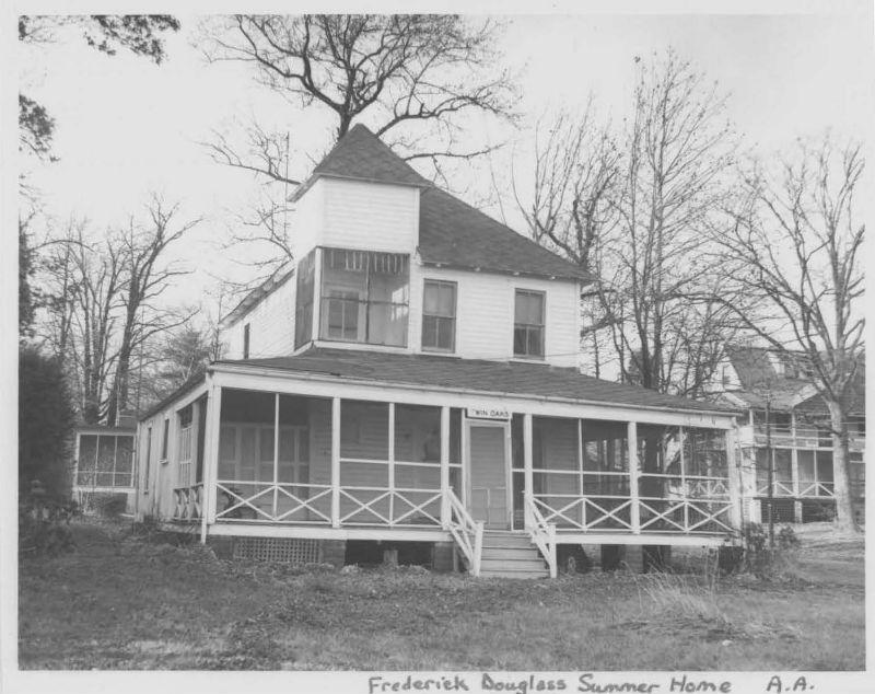 Twin Oaks, Highland Beach. Photo from Maryland Historical Trust.