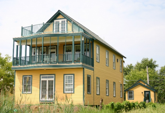 Residential tax credit project in Oxford, Maryland. Photo from Encore Sustainable Design.