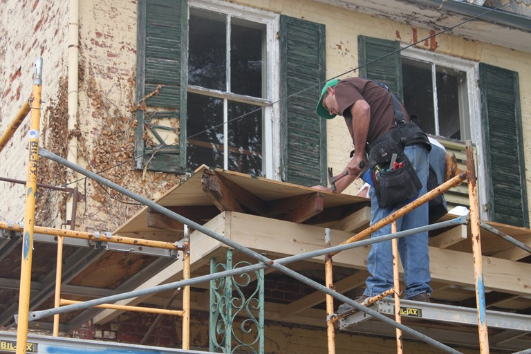 Stabilization of the historic porch roof and deck at Shafer Farm, 2017.