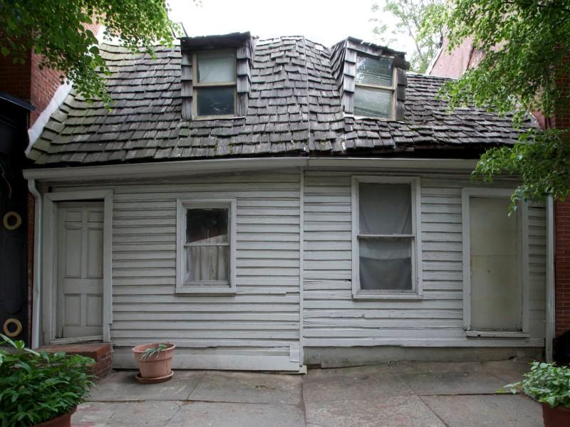 Caulkers' Houses Rehabilitation