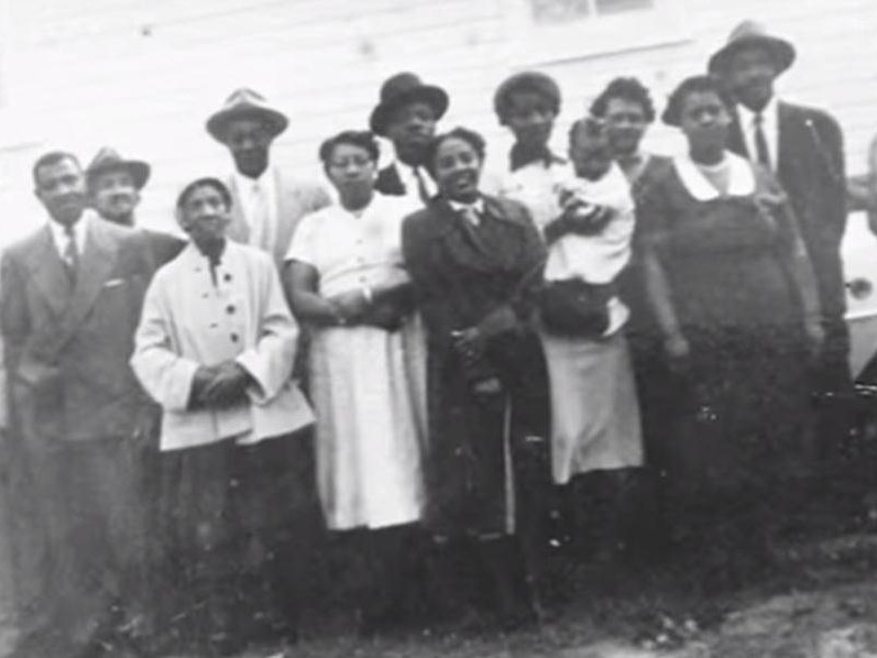 Members of the Quince Orchard community at Pleasant View. Photo from the Quince Orchard Project.