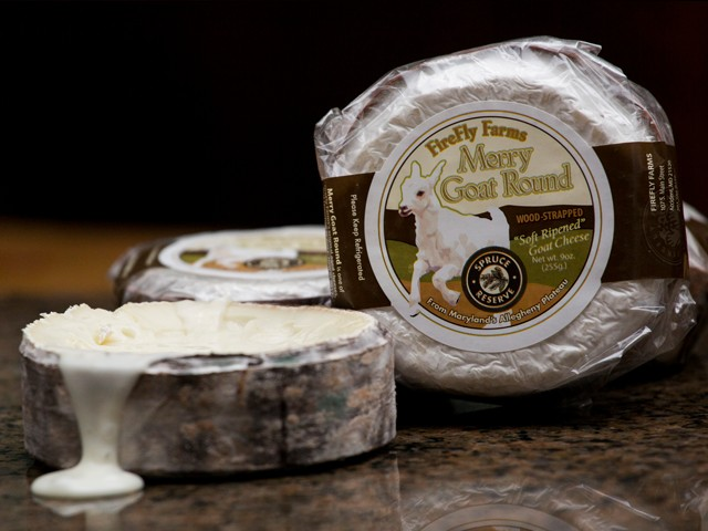 """Image of Goat Cheese from the FireFly Farms Called """"Merry Goat Round"""" Cheese"""