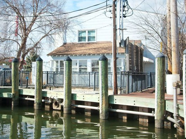 Burtis House on Annapolis City Dock. Photo from Capital Gazette.