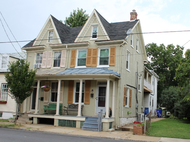 Makel tourist house appeared in the Green Book in Frederick, MD. Photo by Anne Bruder.