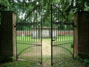 Gates at Hampton National Historic Site, 2005. Photo by Preservation Maryland.