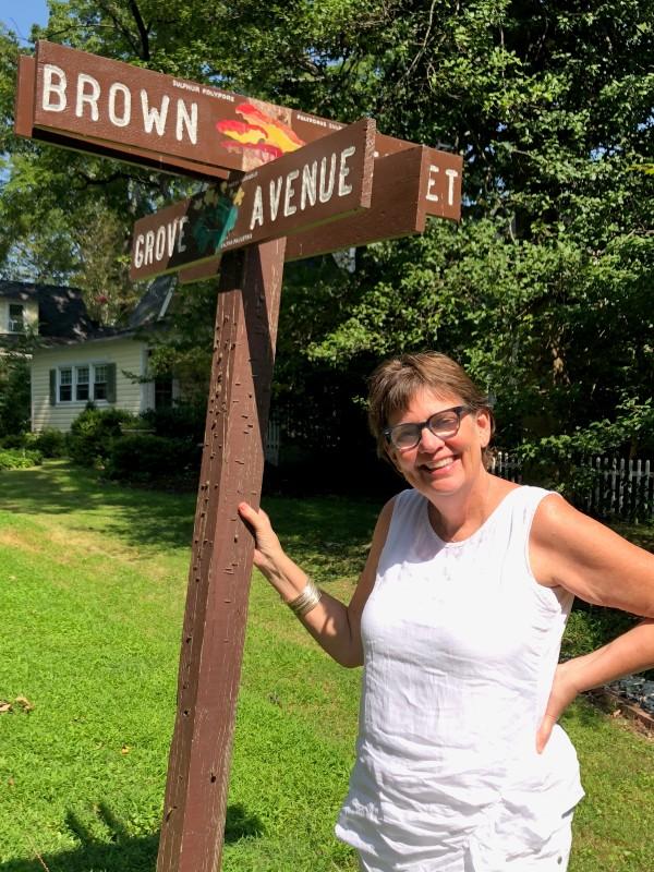 Susan Van Nostrand, organizing volunteer of the Washington Grove street sign project.