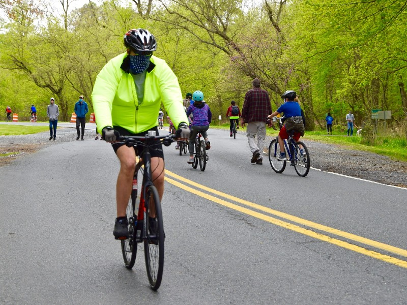 Cylists and walkers on Beach Drive Parkway in Montgomery County, MD, 2020. Photo from Partners for Open Space.