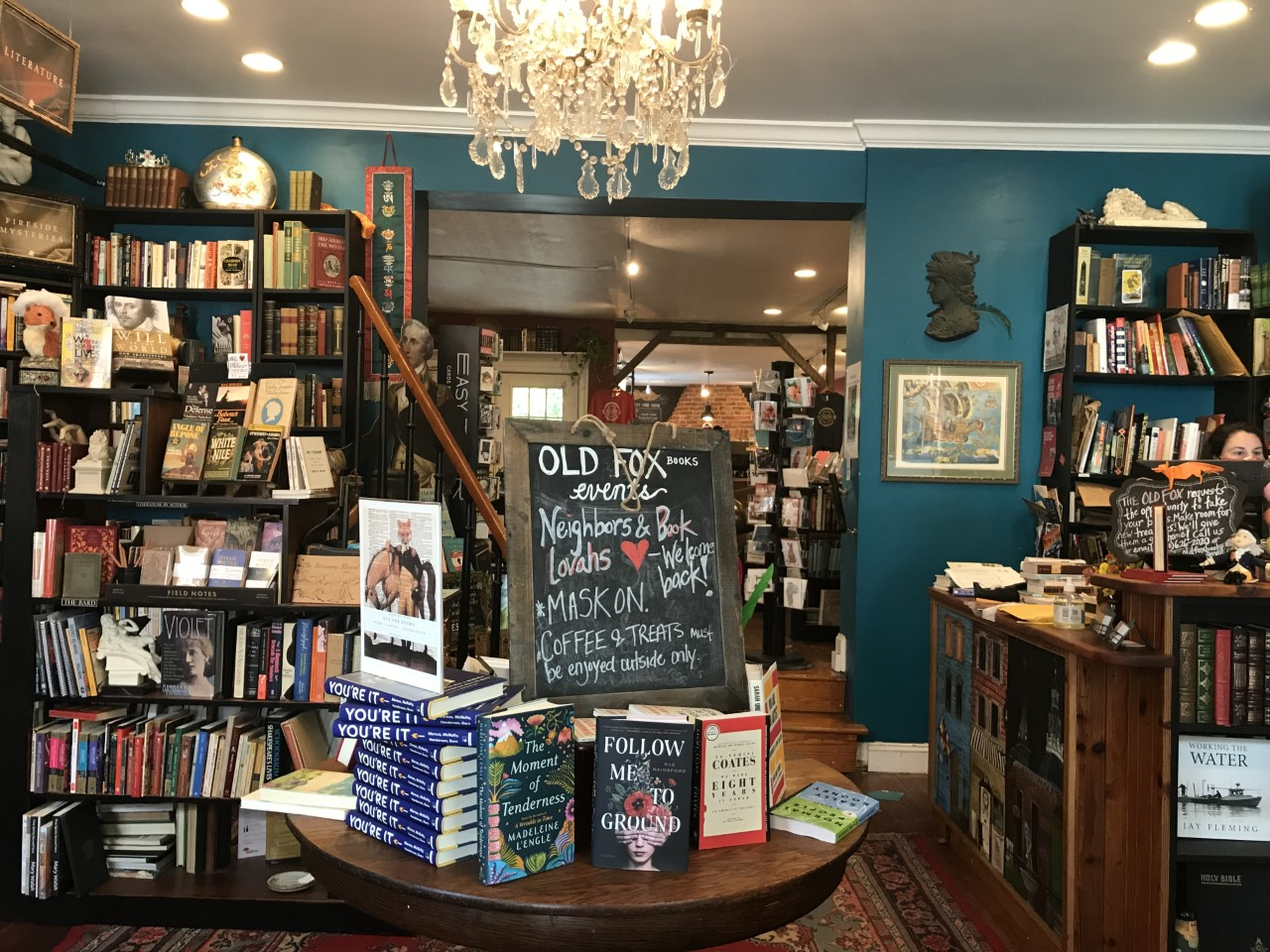 Book store interior photo in Annapolis Maryland