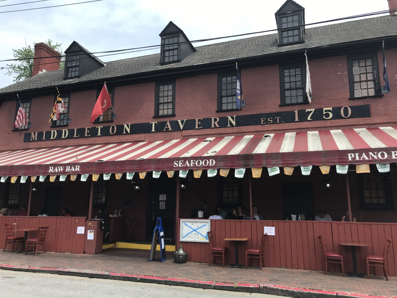 Maryland Road Trip Stop at the Middleton Tavern in Annapolis Maryland