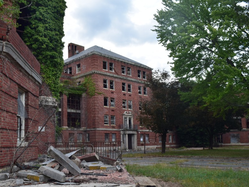 Photo of Glenn Dale Hospital historic complex in Prince George's County, MD. This complex was studied in the research of reuse of historic government complexes in 2019.